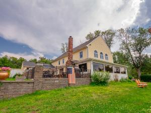 175 LAKE RD, Ballston Lake, NY