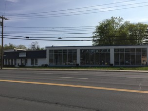 FORMER BOAT DEALERSHIP 2022 Central Avenue, Albany, NY
